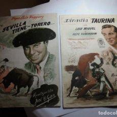 Cine: MAGNIFICAS DOS GUIAS DE CINE DE PELICULAS SEVILLA TIENE UN TORERO Y DINASTIA TAURINA DEL 1952. Lote 195234956