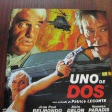 Cinéma: UNO DE DOS - GUIA LUJO ORIGINAL VANESSA PARADISE ALAIN DELON JEAN PAUL BELMONDO UNE CHANCE SUR DEUX. Lote 206217997
