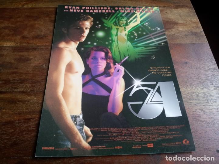 54 ( ESTUDIO ) - SALMA HAYED, RYAN PHILLIPPE, NEVE CAMPBELL, MIKE MYERS - GUIA ORIGINAL LAUREN 1998 (Cine - Guías Publicitarias de Películas )