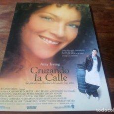 Cine: CRUZANDO LA CALLE - AMY IRVING, JEROEN KRABBE, PETER RIEGERT - GUIA ORIGINAL WARNER AÑO 1988. Lote 210474413