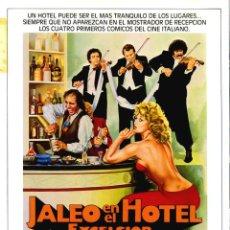 Cine: JALEO EN EL HOTEL EXCELSIOR GUÍA ORIGINAL DOBLE CON FOTOS DE SU ESTRENO EN ESPAÑA ADRIANO CELENTANO. Lote 215275186