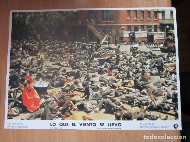 Cine: 12 CARTELERAS DE LA PELICULA DE TODOS LOS TIEMPOS LO QUE EL VIENTO SE LLEVO - Foto 9 - 234925875