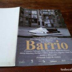 Cine: BARRIO - CRÍSPULO CABEZAS, ELOI YEBRA, MARIETA OROZCO, F. LEON - GUIA ORIGINAL LUJO WARNER 1998. Lote 244600020