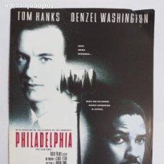 Cine: GUIA PUBLICITARIA: PHILADELPHIA. CON: TOM HANKS, DENZEL WASHINGTON, JONATHAN DEMME. Lote 246928140