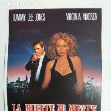 Cine: GUIA: LA MUERTE NO MIENTE. TOMMY LEE JONES, VIRGINIA MADSEN. Lote 247356930