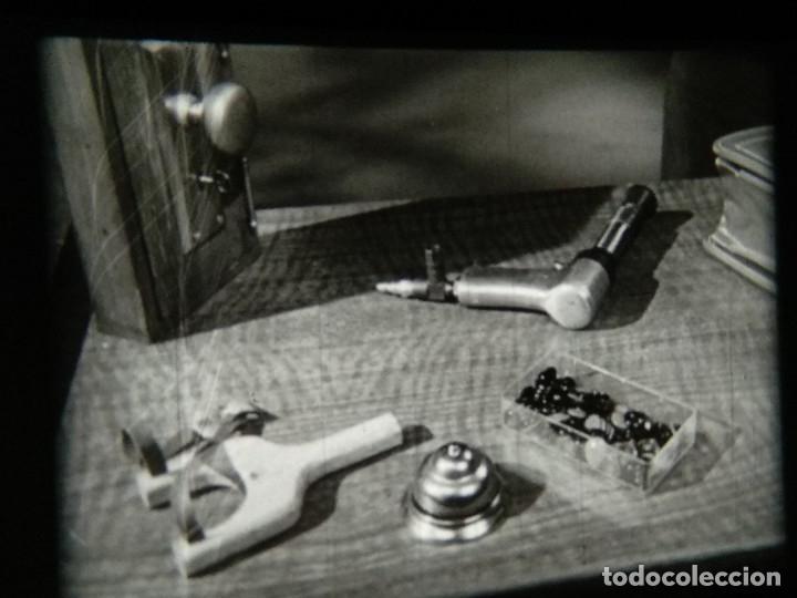 Cine: Cómo concluir una venta - Borden y Busse - CLOSING THE SALE - Reportaje en 16mm - Foto 27 - 116655287