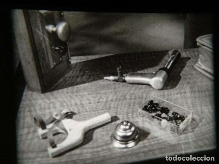 Cine: Cómo concluir una venta - Borden y Busse - CLOSING THE SALE - Reportaje en 16mm - Foto 30 - 116655287