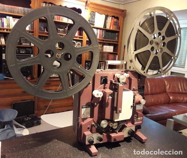 PROYECTOR CINEMATOGRÁFICO ANTIGUO. MARCA HOKWSHIN DE 16 MM. AÑOS 70. EMBLEMÁTICO. (Cine - Películas - 16 mm)