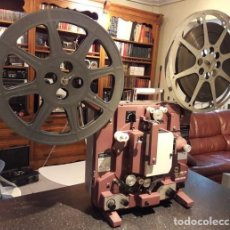 Cine: PROYECTOR CINEMATOGRÁFICO ANTIGUO. MARCA HOKWSHIN DE 16 MM. AÑOS 70. EMBLEMÁTICO.. Lote 116739327