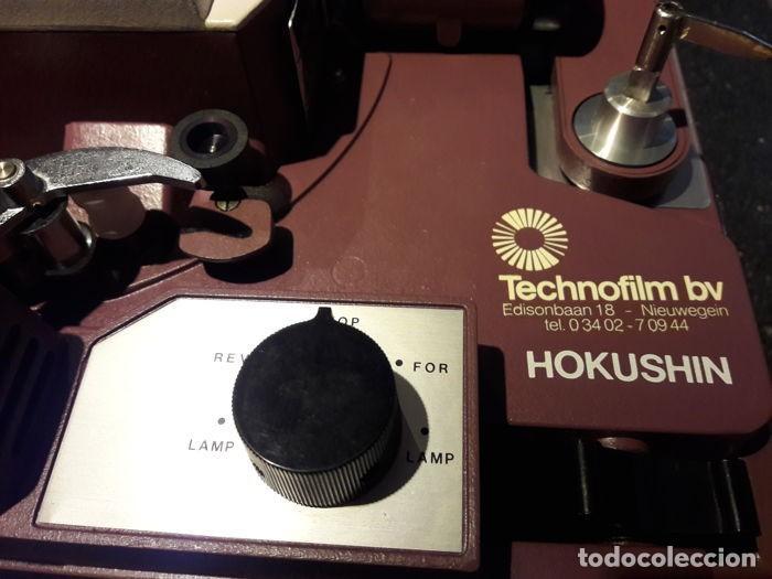 Cine: Proyector cinematográfico antiguo. Marca HOKWSHIN de 16 mm. Años 70. Emblemático. - Foto 2 - 116739327