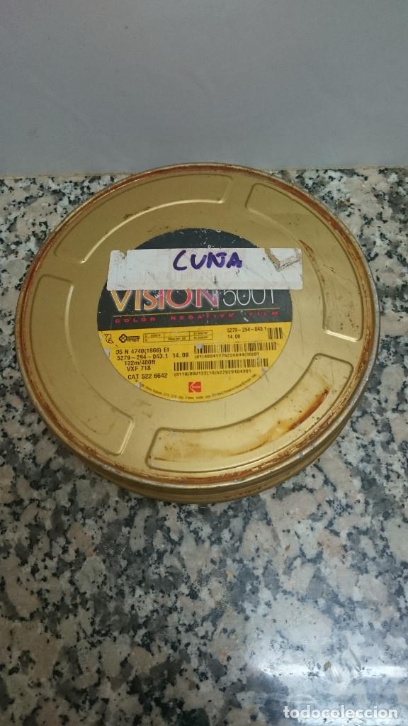 CAJA METALICA CON ROLLO NEGATIVO VIRGEN KODAK VISION (Cine - Películas - 16 mm)