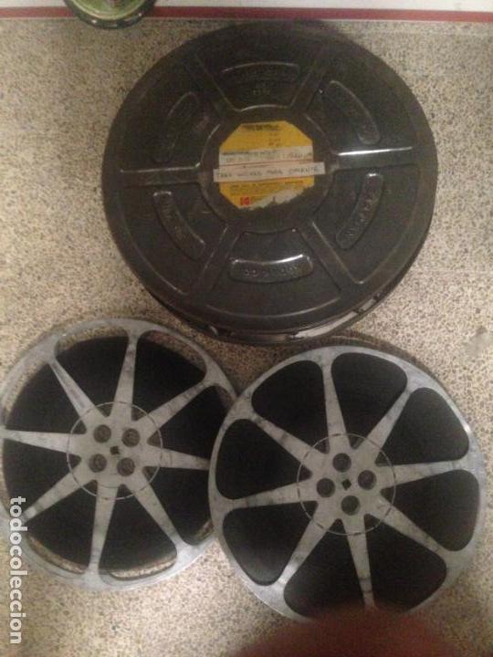 ANTIGUA PELICULA CINE 2 BOBINAS 16MM 16 MM TRES HUCHAS PARA ORIENTE 1954 (Cine - Películas - 16 mm)