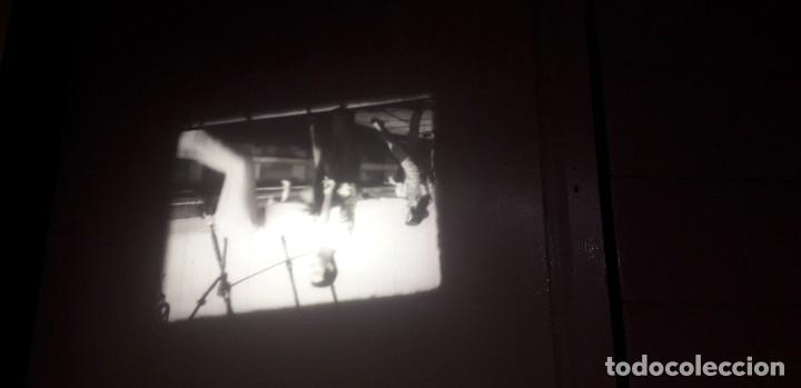 Cine: Película en 16 mm titulada AGENTE FEDERAL en ROMA 2x600 m. - Foto 9 - 168715372
