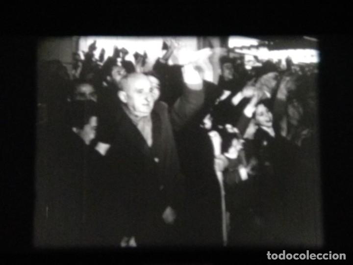 Cine: REPORTAJE DE NO-DO - BODAS REALES - BODA DE BALDUINO Y FABIOLA - Foto 13 - 183170991