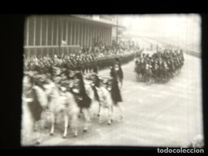 Cine: REPORTAJE DE NO-DO - BODAS REALES - BODA DE BALDUINO Y FABIOLA - Foto 24 - 183170991