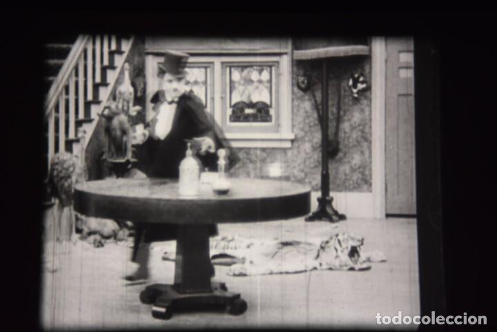 Cine: PELICULA 16MM - CHARLES CHAPLIN - CHARLOT A LA UNA DE LA MADRUGADA - Foto 18 - 220123360