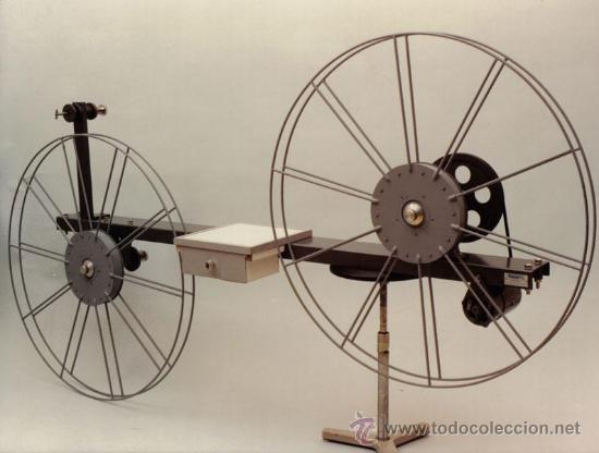 BOBINADORA PARA PELÍCULA DE CINE 35MM PROYECSON (Cine - Películas - 35 mm)