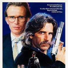 Cine: PELÍCULA LARGOMETRAJE DE CINE EN 35MM BLUE JEAN COP (1988). Lote 211731064