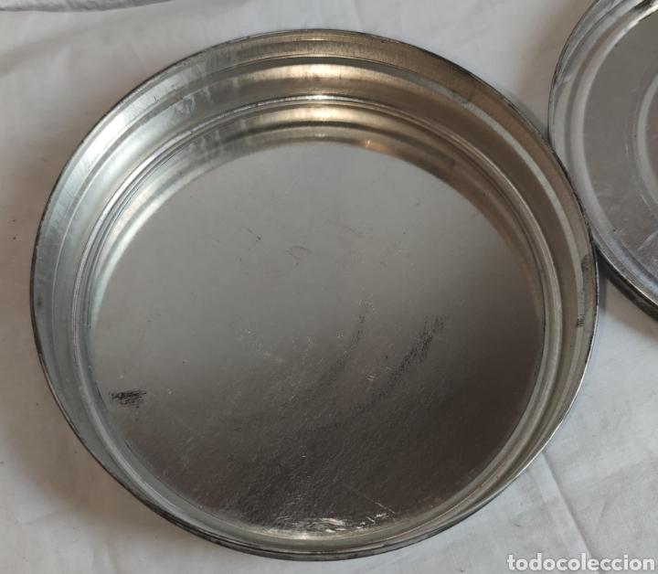 Cine: ANTIGUA CAJA METALICA LATA PARA PELICULA SUPER 8 Y 8MM - Mide 19 cm de diametro. Mide 4,2 cm alt - Foto 10 - 214749180