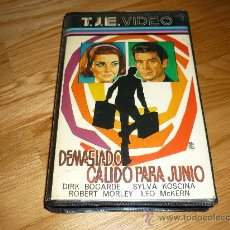 Cine: PELICULA BETA DEMASIADO CÁLIDO PARA JUNIO (1965 GBR) RALPH THOMAS, SYLVIA KOSCINA VIDEO - EUROSPY. Lote 37822963