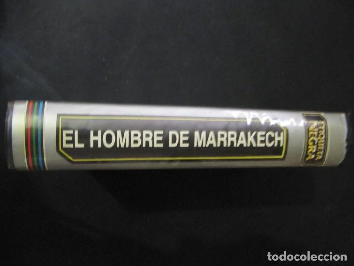 Cine: BETA El hombre de Marrakech George Hamilton Alberto de Mendoza 1ª EDICION ETIQUETA NEGRA - Foto 3 - 129387603