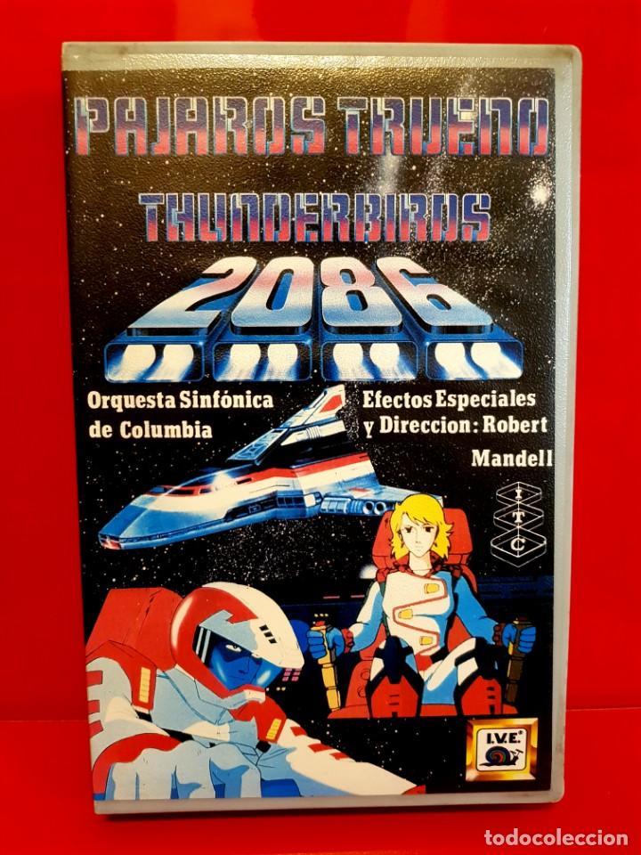 PAJAROS TRUENO 2086 - THUNDERBIRDS 2086 - I.V.E (Cine - Películas - BETA)