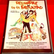Cine: DESMADRE EN LA FACULTAD (1979) - DES BRONZÉS AU PÈRE NOËL, LA FOLLE HISTOIRE DU SPLENDID. Lote 149407554