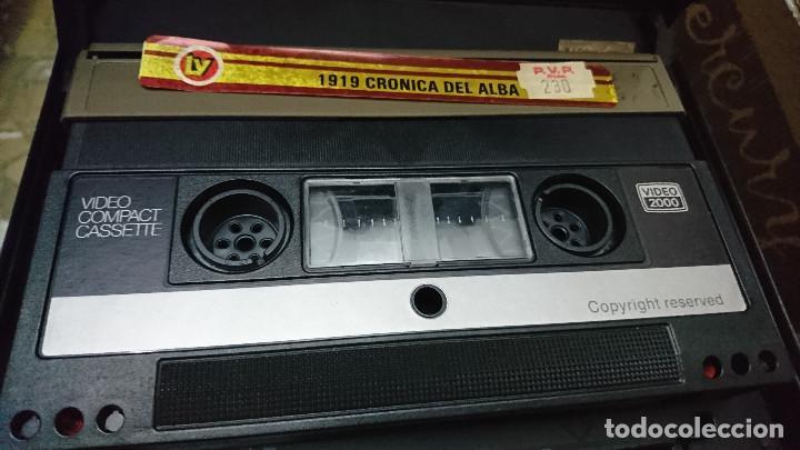 Cine: 3 PELICULAS AÑOS 80 VIDEO 2000 V2000 PAN DE ANGEL , EL VILLANO Y 1919 CRONICA DEL ALBA AÑOS 80 - Foto 3 - 192493750