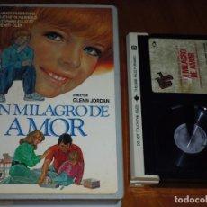 Cine: UN MILAGRO DE AMOR - GLENN JORDAN, JAMES FARENTINO - BETA. Lote 207099188