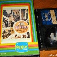 Cine: UNO A UNO SIN PIEDAD - PETER LEE LAWRENCE, WILLIAM BOGART, SIDNEY CHAPLIN, EDUARDO FAJARDO - BETA. Lote 268760724