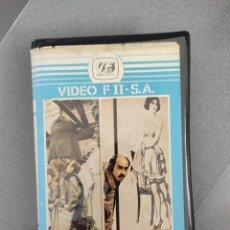 Cine: ELLA, ELLOS Y LA LEY. Lote 270902733