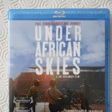 Cine: UNDER AFRICAN SKIES. PAUL SIMON'S GRACELAND JOURNEY. BLURAY DE LA PELICULA DE JOE BERLINGUER SOBRE E. Lote 172298020