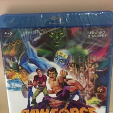 Cine: RAW FORCE INVASORES DE LA TUMBA DE JADE [ BLURAY ] - PRECINTADO -. Lote 213896015