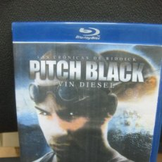 Cine: LAS CRONICAS DE RIDDICK. PITCH BLACK. VIN DIESEL. BLU-RAY DISC. MATERIAL ADICIONAL.. Lote 217202305