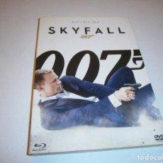 Cine: SKYFALL 007 BLU-RAY BR + DVD. Lote 226401130