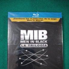 Cine: MIB MEN IN BLACK. LA TRILOGIA. BLU-RAY. PRECINTADO. Lote 270868093