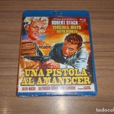 Cine: UNA PISTOLA AL AMANECER BLU-RAY DISC ROBERT STACK VIRGINIA MAYO NUEVO PRECINTADO. Lote 287994598
