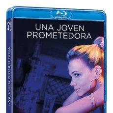 Cine: UNA JOVEN PROMETEDORA - EMERALD FENNELL. Lote 289524298