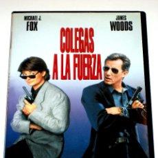 Cine: COLEGAS A LA FUERZA - JOHN BADHAM MICHAEL J. FOX JAMES WOODS STEPHEN LANG DVD DESCATALOGADA. Lote 42511064