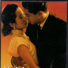Cine: EL CLUB DE LA BUENA ESTRELLA DVD: ...ACLAMADA COMO LA MEJOR PELÍCULA DEL AÑO . Lote 143495346