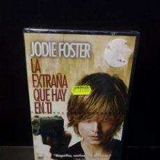 Cine: LA EXTRAÑA QUE HAY EN TI DVD. Lote 144139041