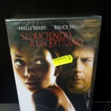 Cine: SEDUCIENDO A UN EXTRAÑO DVD. Lote 179184393