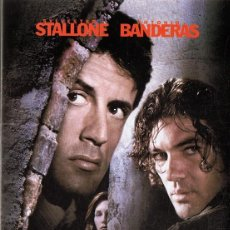 Cine: ASESINOS STALLONE & BANDERAS. Lote 155381006