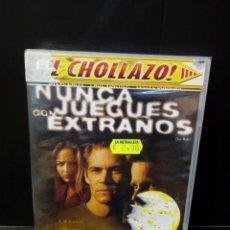 Cine: NUNCA JUEGUES CON EXTRAÑOS DVD. Lote 156289753