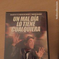 Cine: UN MAL DÍA LO TIENE CUALQUIERA DVD. Lote 157761048