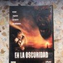 Cine: EN LA OSCURIDAD. Lote 164468385