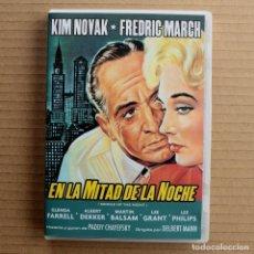Cine: EN LA MITAD DE LA NOCHE - CON KIM NOVAK. Lote 165741226