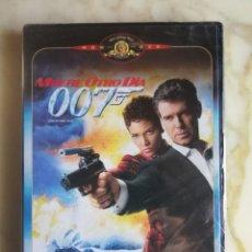 Cine: JAMES BOND 007 - MUERE OTRO DIA. Lote 178128459