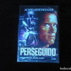 Cine: PERSEGUIDO - ARNOLD SCHWARZENEGGER - DVD NUEVO PRECINTADO. Lote 179105311