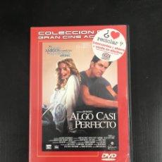 Cine: ALGO CASI PERFECTO. Lote 186149826
